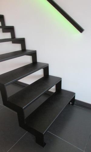 flat-steel-slides-02.jpg