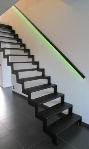 flat-steel-slides-03.jpg